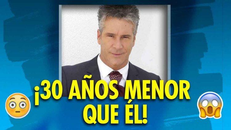 Fernando Carrillo se compromete con su novia