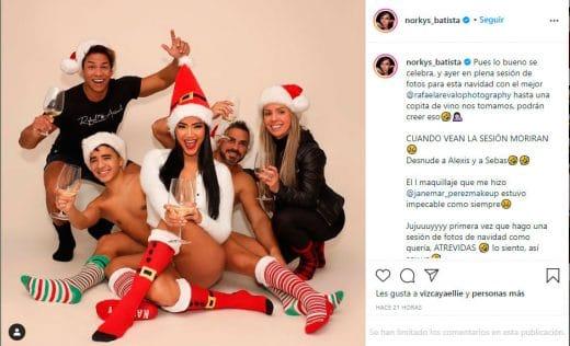 Norkys Batista posa sin ropa con su familia